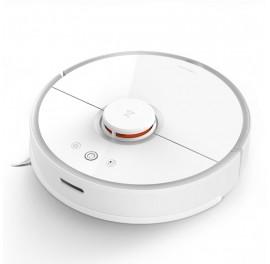 Xiaomi Roborock S6 white robot vacuum cleaner